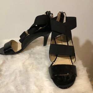 Adrienne Vittadini Crisscross Sandals, Size 6.5